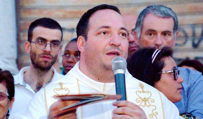 Don fabio è subentrato a don Enzo nel settembre dello scorso anno (foto Sabino Battista)