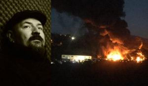 Luca Criscuoli e le fiamme che hanno distrutto il centro autodemolizioni alcune settimane fa