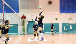 volleyunder-16